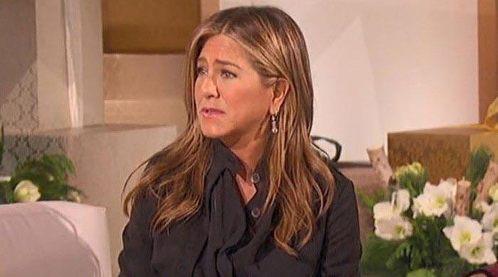 Why Jennifer Aniston cried hysterically in her on-screen boyfriend's lap