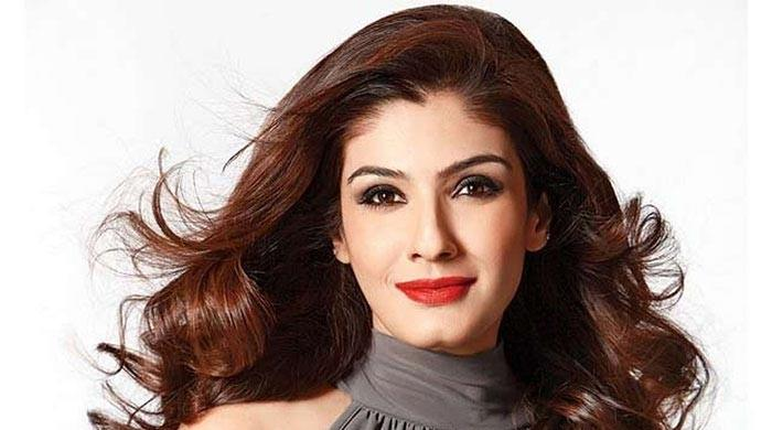 Raveena Tandon embarrasses daughter on the streets of New York: WATCH