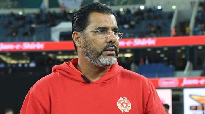 Waqar Younis urges ICC not to rush into banning saliva, sweat to shine ball