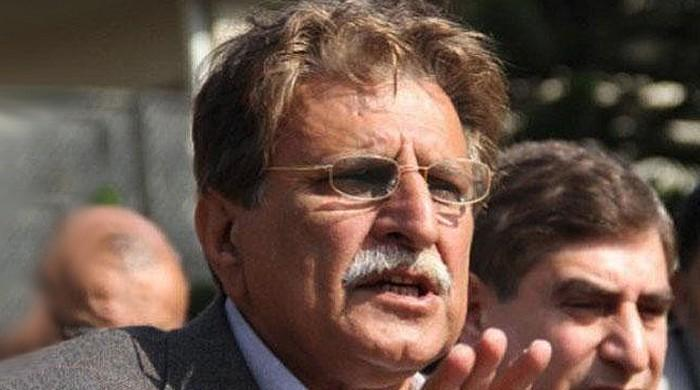 AJK PM rescinds decision to ease lockdown as coronavirus cases shoot up
