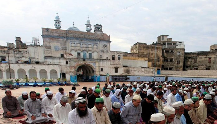Eid-ul-Fitr celebrations kick off across country after prayers