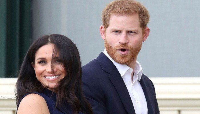 Meghan Markle, Prince Harrys safety at risk as drones inundate their LA house - Geo News