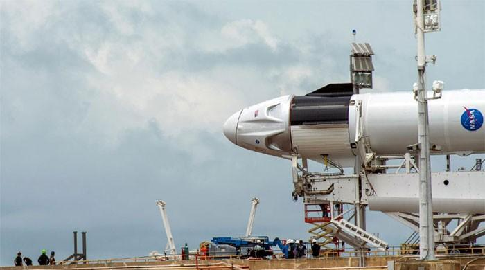 SpaceX, NASA call off crew launch due to bad weather