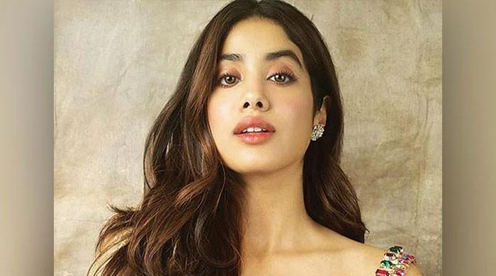 Janhvi Kapoor aims to recreate Sridevi's songs from 'Chandni', 'Mr. India'
