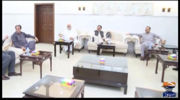 وزیر اعلیٰ پنجاب سے ملتان میں رکن قومی اسمبلی عامر ڈوگر اور منتخب نمائندوں کی ملاقات
