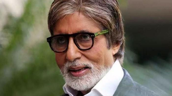 Amitabh Bachchan offers support to migrant workers amid pandemic
