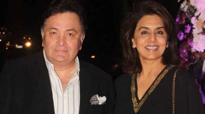 Neetu Kapoor remembers husband Rishi Kapoor