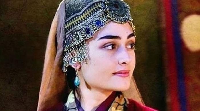 Esra Bilgic aka Halime Sultan rejects racism