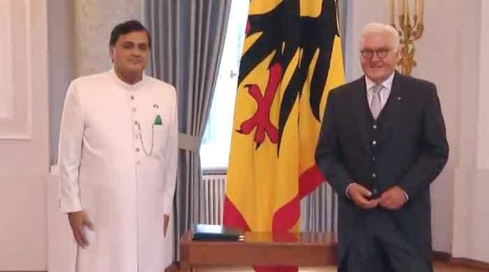New Pakistan envoy presents diplomatic credentials to German president