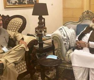 BNP-M exiting PTI alliance 'a ray of hope', Fazlur Rehman tells Akhtar Mengal