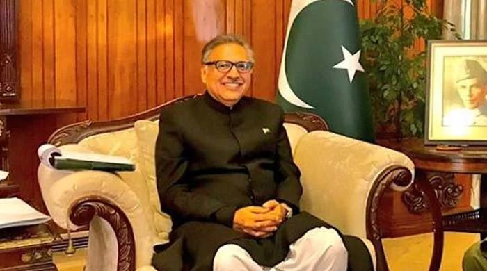 President Alvi dares opposition to bring no-confidence motion against PM Imran