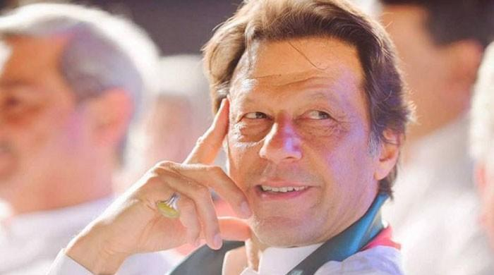 More than 50% Pakistanis support PM Imran's COVID-19 response: poll