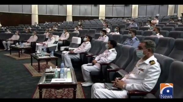 نیول چیف ایڈمرل ظفر محمود عباسی کا پاکستان نیوی وار کالج لاہور کا دورہ