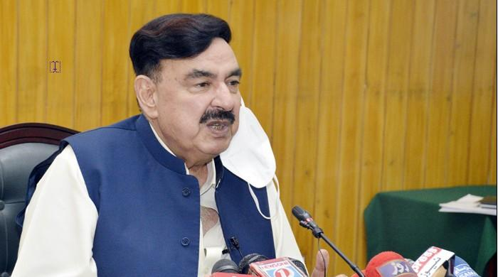 Sheikh Rasheed says 3,000 unmanned railway crossings to be 'done away with this month'