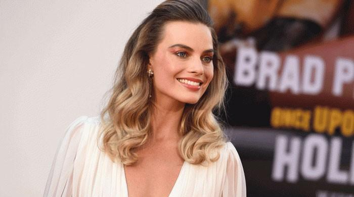 Margot Robbie to star in new 'Pirates of the Caribbean' movie