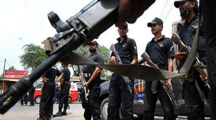 Karachi police arrests alleged target killer involved in 35 murders