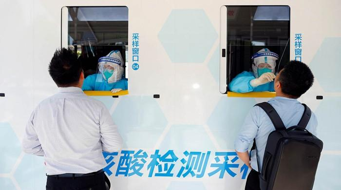Beijing reports no new COVID-19 infections for first time since new outbreak
