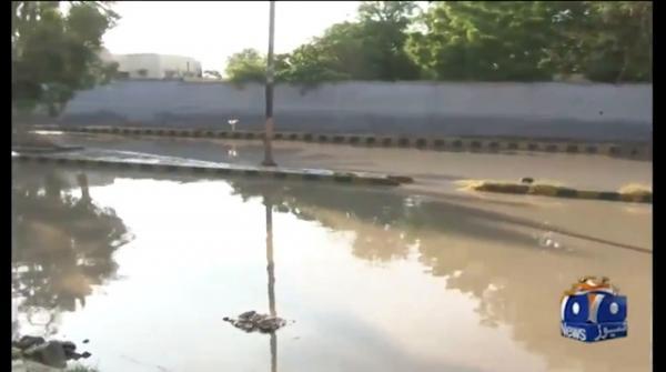 کراچی: 3 دن کی بارش کے بعد دھوپ نکل آئی