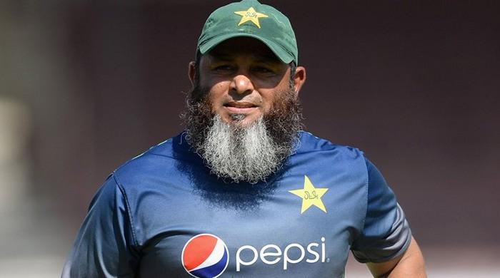 Mushtaq calls on Pakistani players to motivate each other in fans' absence