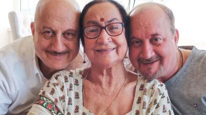 Anupam Kher's mother Dulari, brother test positive for Covid-19