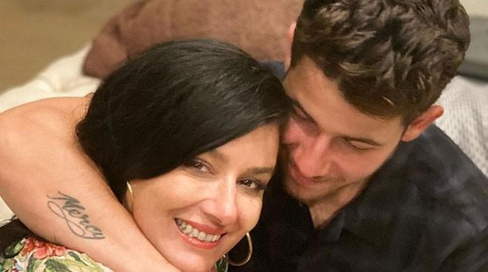 Priyanka Chopra, Nick Jonas celebrate 54th birthday of Denise Jonas