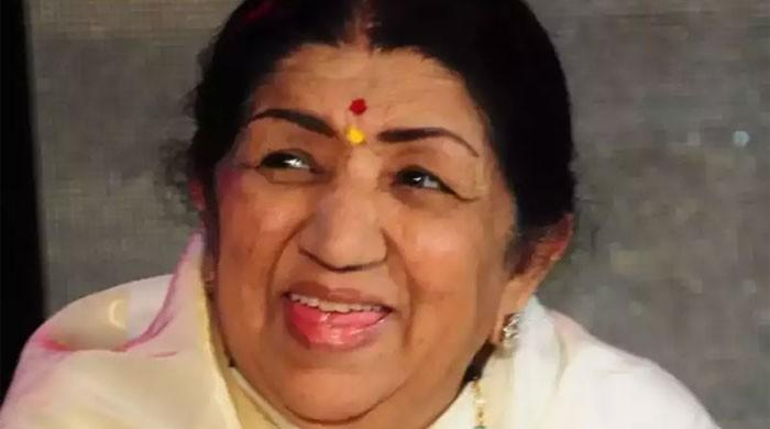 Lata Mangeshkar prays for quick recovery of Amitabh, Abhishek and Bachchan family