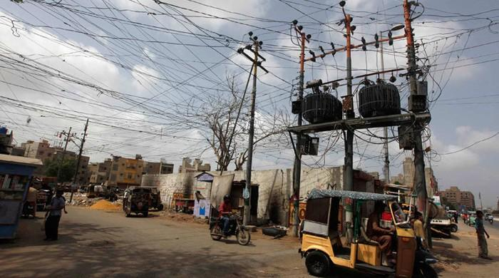 Anti-KE strike: Cable TV, internet users in Karachi, Hyderabad and Sukkur experience temporary outage