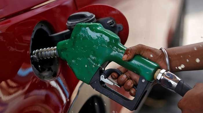 Petroleum Ministry suggests Rs7/litre hike in petrol prices