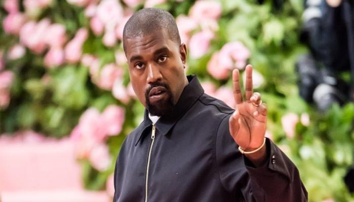 Kim Kardashian, Kanye West take a family vacation to save their relationship