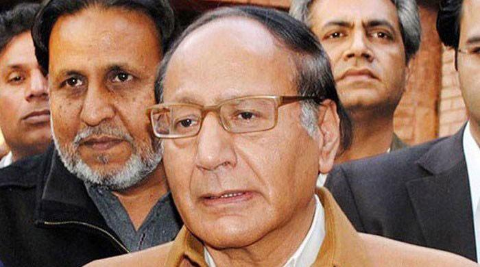 Shujaat convenes emergency PML-Q meeting to discuss political matters