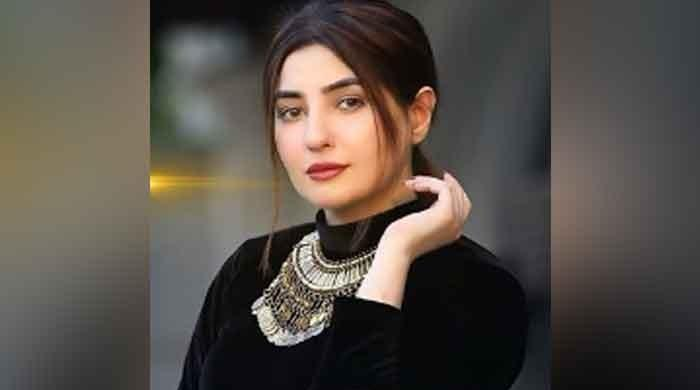 Gul Panra's new song is out now