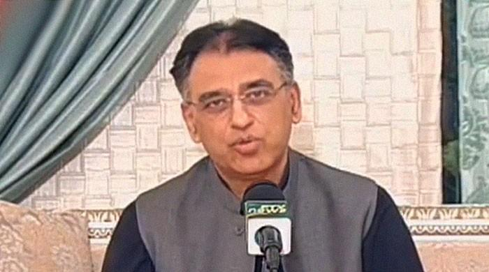 Dine-in restaurants, salons to reopen across Pakistan on August 10: Asad Umar