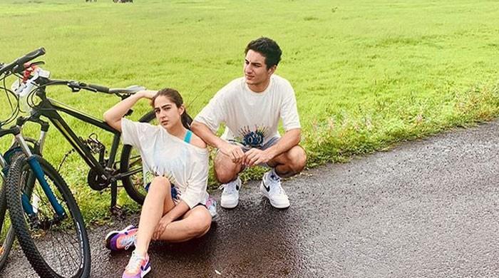 Sara Ali Khan enjoys a day out with brother Ibrahim Khan, shares adorable photos