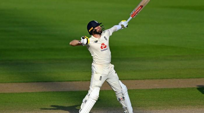 England win first Test against Pakistan by three wickets