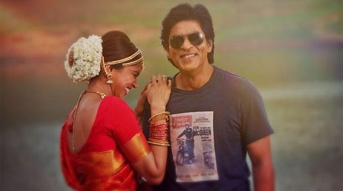 Deepika Padukone celebrates 7 years of 'Chennai Express' with Shah Rukh Khan