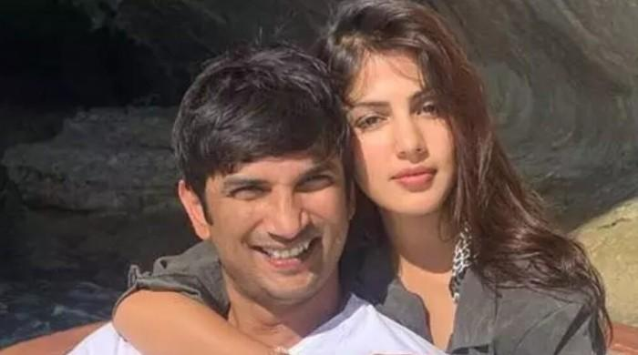 Rhea Chakraborty shares Sushant Singh's message where questioned his sister's behavior