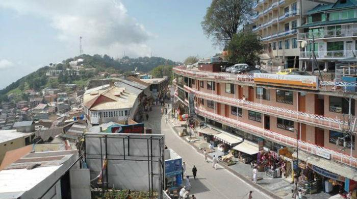 Tourists accuse Murree hoteliers and shopkeepers of overcharging, misbehaving with them