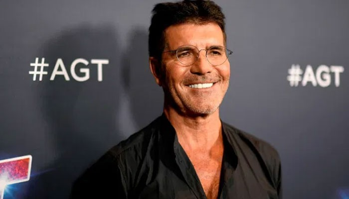 Simon Cowell jokingly advises fans to read the manual before using e-bikes in statement - Geo News