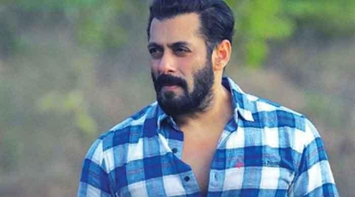 Salman Khan extends birthday wishes to Jacqueline Fernandez
