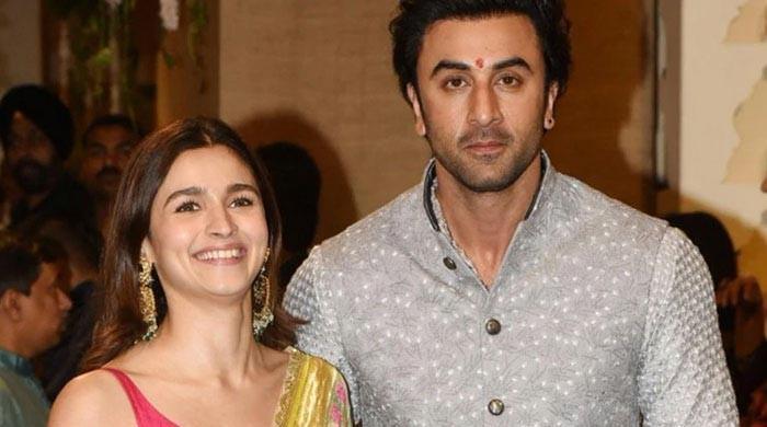 Ranbir Kapoor, Alia Bhatt meet Sanjay Dutt in Mumbai following his cancer diagnosis