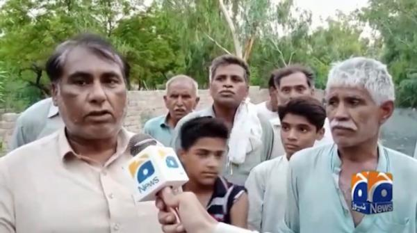 Sewerage water on roads of Faisalabad becomes headache for citizens