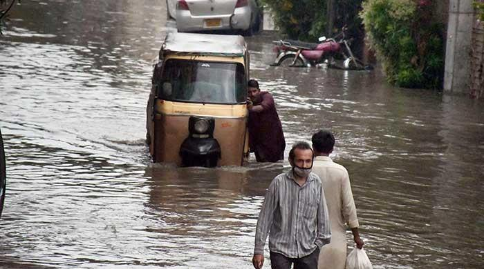 Met Office predicts light to moderate rain in Karachi from today till Saturday