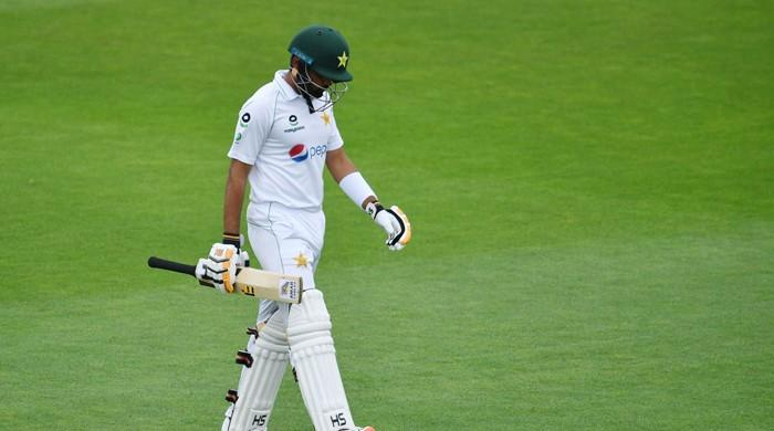Pakistan lose eight for 215 against England as bad light interrupts play