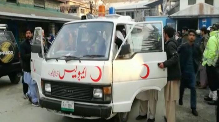 Sukkur man, sons 'admit' to killing 11 relatives to frame rivals: police