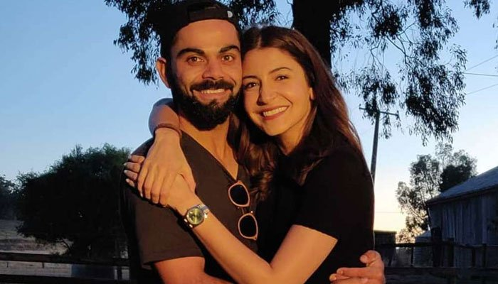Anushka Sharma, Virat Kohli announce they are expecting their first child