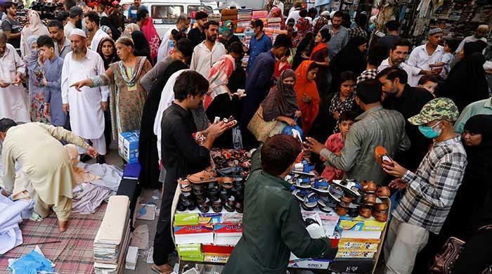 Karachi traders say rain caused them losses worth Rs50bn