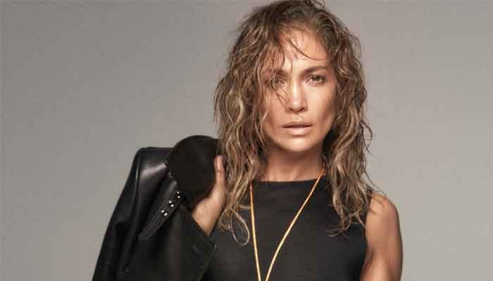 Jennifer Lopez sends millions into frenzy with latest photo - Geo News