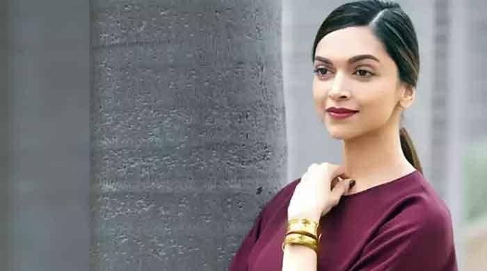 Deepika Padukone summoned by police in drugs probe