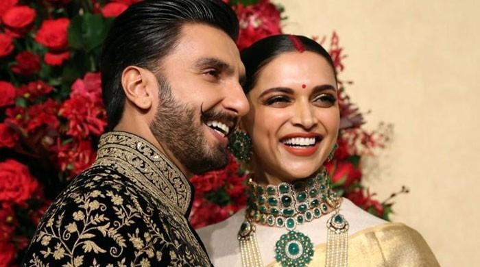 Ranveer Singh fearing Deepika's mental health, asks to accompany her at NCB office