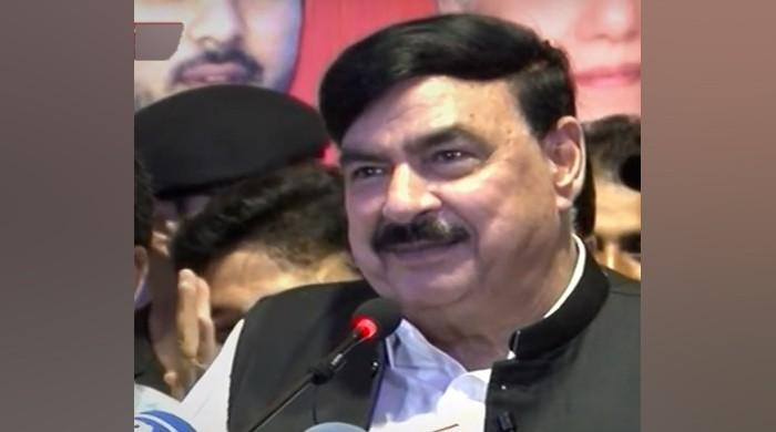 Proud of being 'army's spokesperson': Sheikh Rashid